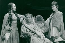 Helena Brodin as the other Marianne, Georg Rydeberg as Herod and Archelao's young petitioner