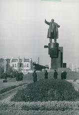 Statue by Vladimir Lenin at the Finnish station in Saint Petersburg