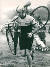 Steve Barnes is a british international rider aged 19 for seacroft wheelers.