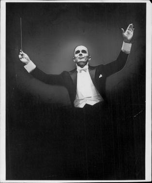 Portrait image of Sixten Ehrling taken in an unknown concert context.