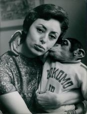 Caterina Valente with monkey.