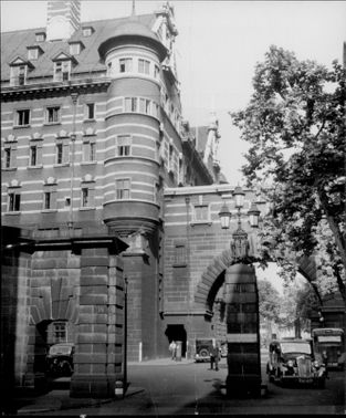 Scotland Yard's world-famous facade seen from Derby Gate.