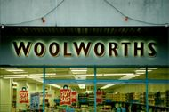 Logo: Woolworths Store.