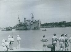 The Ville-de-Strasbourg arrived at Saigon.General Leclerc is in Saigon