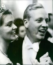 Prince Johann Georg and Princess Birgitta standing together during the marriage ceremony, 1961.