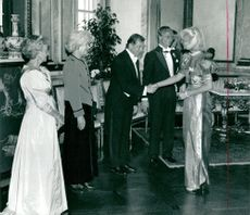 President Vaclav Havel is greeted at the head of the press Elisabeth Tarras-Wahlberg. The president is flanked by his wife Olga, King Carl Gustaf and Princess Lilian