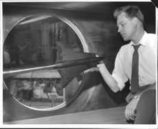 Engineer Lars Grandin in the Aeronautical Research Institution wind tunnel.