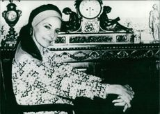 Alicia Alonso smiling.