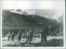 Northern Caucasus, showing Red Army riflemen moving to a new line in November 13, 1942.