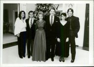 Patricia Davis, Paul Grilley, Nancy Reagan, Ronald Reagan, Doria Reagan and Ronald Reagan Jr. on Christmas Day in White Huzset