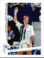 Stefan Edberg receives the audience's cheers after his fame match.