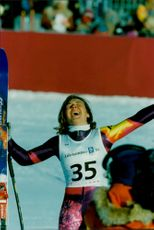 American Diann Roffe screams out his joy after the Golden Dragon