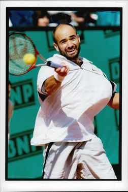American tennis player Andre Agassi in the final against Andreï Medvedev in French Open 1999