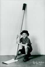 Mickey Rooney, then named Joe Yule Jr., on the vaudeville scene with his parents