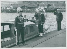 The Swedish King Charles Gustaf VI Adolf and Queen Louise visit Finland in 1952. The Swedish King of the Kings, Göta Lejon.