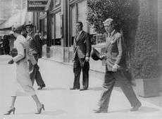 The Duke and Duchess of Windsor crossing the street