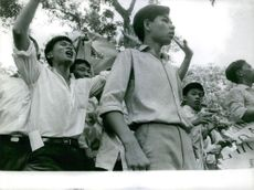Young Vietnamese on defense training.