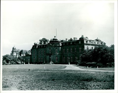 front view of the mansion of Wrest Park, Bedfordshire