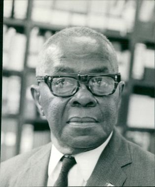Clifford Campbell