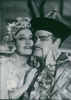 Dorothy Lamour and Bob Hope in the film The Road to Hong Kong, 1962.