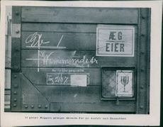 A label on the wagon: In whole wagons arrive Royal Danish eggs for export to Germany.   Tyska ockupationen Danmork