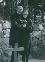 Ludde Gentzel and Inga Landgré in the film Ordet, 1943.