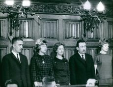 Suzanne Vandeput with her accomplices during the trial.