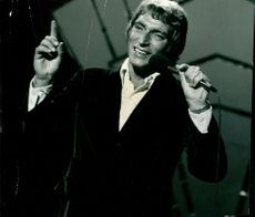 A portrait of Frank Ifield.