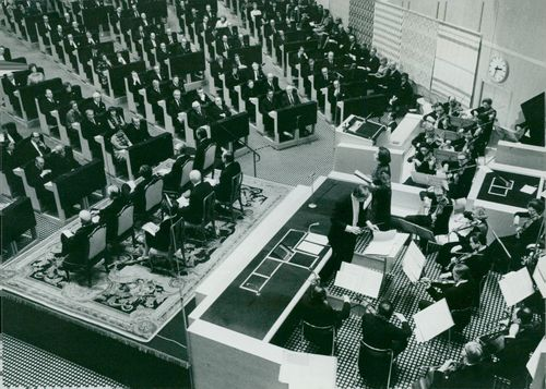View of the plenary hall when Margaretha Hallin speaks at the opening of the Riksdag