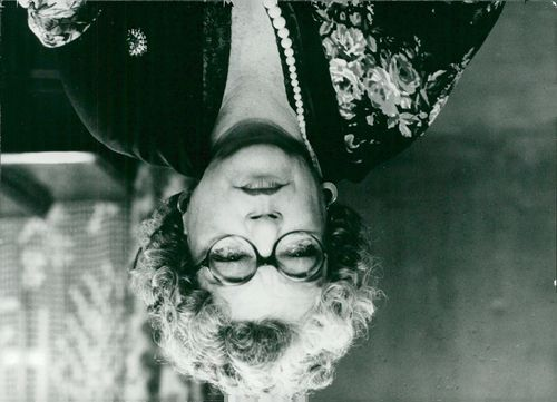"""Simone Signoret as Madame Rosa in the movie """"With life in front of him"""""""