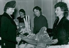 Louise Mountbatten participates in a sale in Bikupan's shop and Princess Sibylla is looking forward to shopping