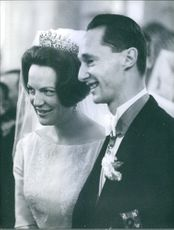 Princess Irene of the Netherlands and Prince Carlos-Hugo of Bourbon-Parma on their wedding day, 1964.