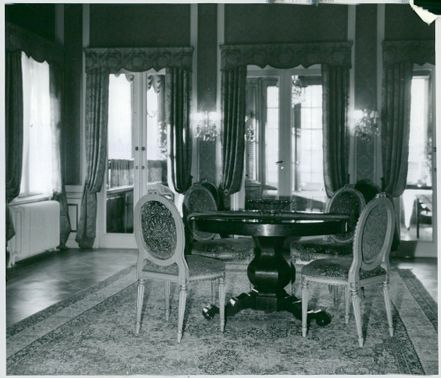 Picture of a party of one of the lounge rooms at Hotel Foresta at Lidingö.