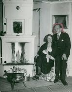 The author Olle Hedberg with his wife Ruth and their cat