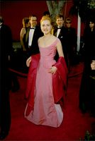 Kate Winslet on the Red Carpet at the Oscars Gala 1996.