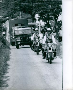 Vietnamese soldiers on convoy.