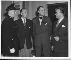 Over governor Hagander along with three policemen J. Lundgren and GA Shield and Detective Constable Curt Hjelm. Detective Sergeant Ragnar Ekvall and Detective Constable SL Norman.