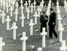 US President Ronald Reagan with his wife Nancy Reagan visits soldier diggers at the 40th anniversary of the landing in Normandy