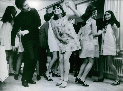 Paco Rabane with his models