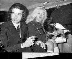 Portrait image of Diana Dors and her husband Alan Lake (th).