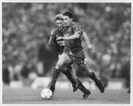 Jim Bett and Ian Ferguson are fighting for the ball