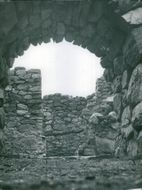 Ornö. Bold arches and thick walls were exposed at the excavations of the Sundby ruins