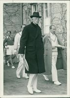 King Gustaf V plays tennis in Berlin