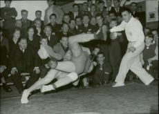 Bengt Fridh DIF won over Rolf Karlsson in all Swedish wrestling with crossing