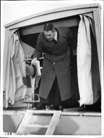 Doctor Oddberg at Swedish Finnish ambulance for the Red Cross.