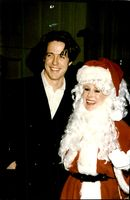 "Eva Gabor along with Hugh Grant under the ""Golden Apple Awards"""