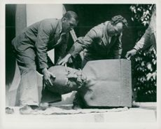 The bust of Victor Balck is moved from his place at Stadion stallion fighter in favor of a bust of King Gustaf V