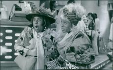 Kenan Thompson (left) and Kel Mitchell sneak into Mondo Burger seriously undercover in Good Burger.