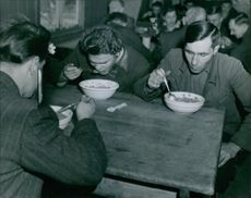 Soldiers having their meal together.1946