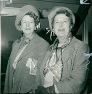 Doris Waters and her sister Elsie.